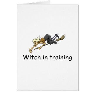 Cartão Bruxa no treinamento
