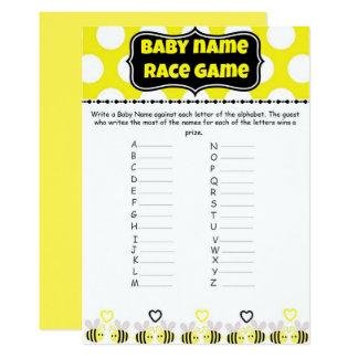 Cartão Bumble a raça do nome do bebê da abelha - jogo do