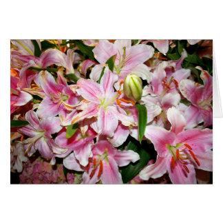 Cartão Buquê cor-de-rosa do lírio