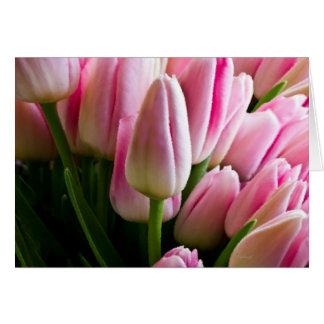 Cartão Buquê de tulipas cor-de-rosa
