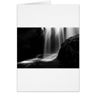 Cartão Cachoeira da soma no desfiladeiro de Vintgar