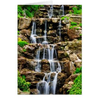 Cartão Cachoeira de conexão em cascata