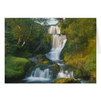 Cartão Cachoeira, ilha de Skye, Scotland