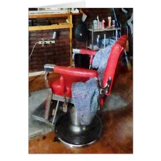 Cartão Cadeira de barbeiro vermelha