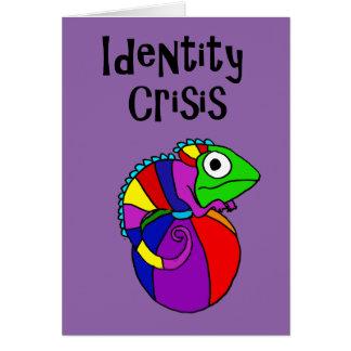 Cartão Camaleão engraçado na crise de identidade da bola