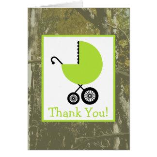 Cartão Camuflagem & obrigado verde do chá de fraldas da