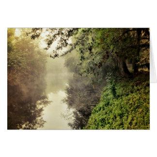 Cartão Canal e névoa
