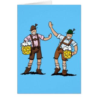 Cartão Caneca de cerveja feliz da cerveja dos homens dos