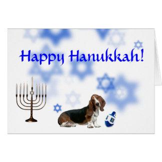 Cartão Cão de basset feliz de Hanukkah