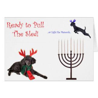 Cartão Cão de caniche w de Hanukkah do Natal Menorah