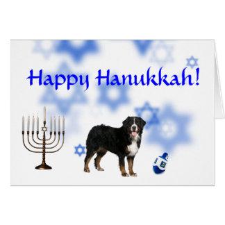 Cartão Cão de montanha feliz de Hanukkah Bernese