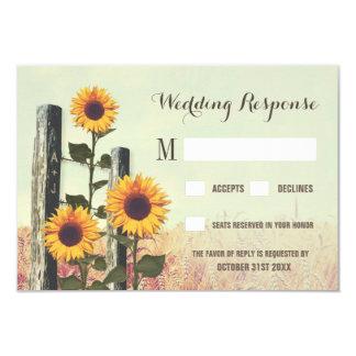 Cartão Cargo cinzelado girassóis da cerca que Wedding