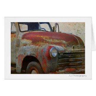 Cartão Carro antigo velho oxidado