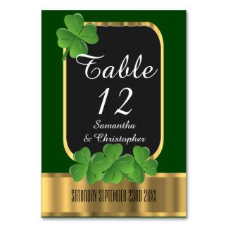 Cartão Casamento irlandês do verde, do ouro e do trevo