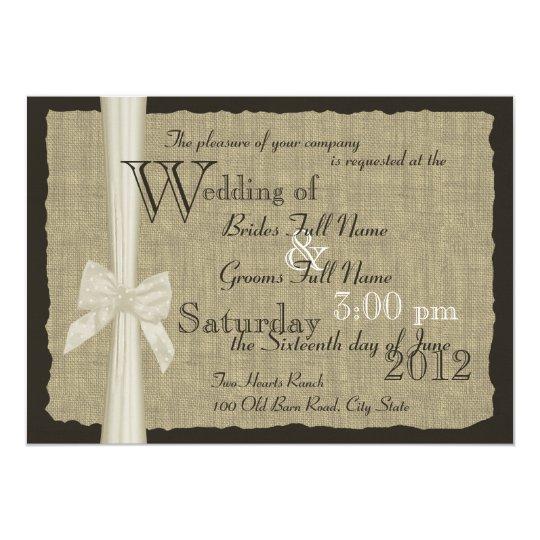 Cartão Casamento rústico do arco e da serapilheira