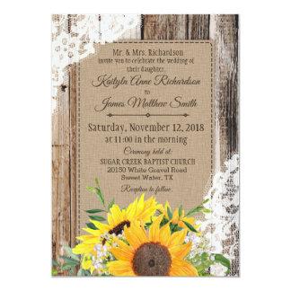 Cartão Casamento rústico do laço de madeira dos girassóis