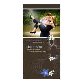 Cartão Casamento tropical azul da flor do Frangipani de
