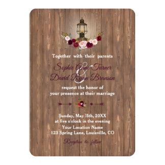 Cartão Casamento velho de madeira floral rústico da