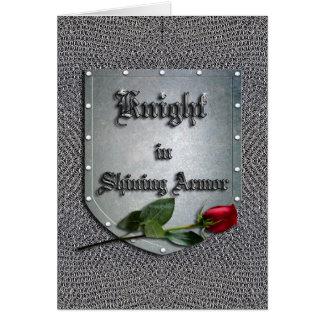 Cartão Cavaleiro na rosa vermelha de brilho da armadura