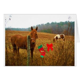 Cartão Cavalo do Natal com arco e meia