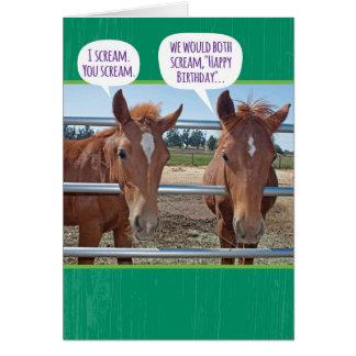 Cartão Cavalo dois engraçado que é aniversário demasiado