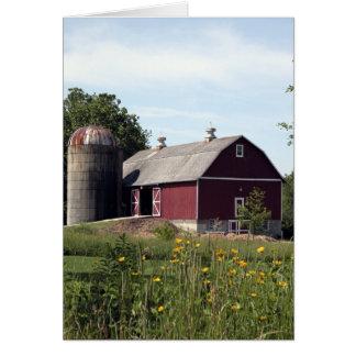 Cartão Celeiro e silo vermelhos
