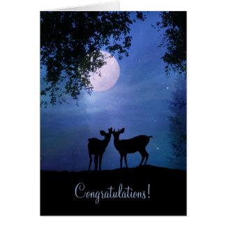 Cartão Cervos bonitos nos parabéns do casamento do luar