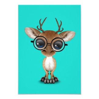 Cartão Cervos Nerdy do bebê que vestem vidros