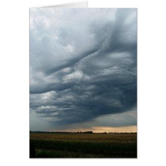 Cartão Céus tormentosos