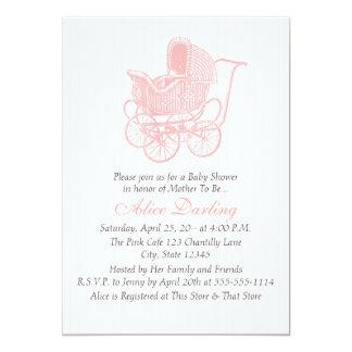 Cartão Chá de fraldas cor-de-rosa da carruagem de bebê do