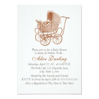 Cartão Chá de fraldas da carruagem de bebê de Brown do