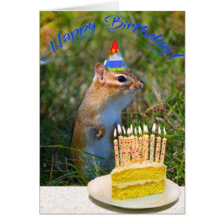 Cartão Chipmunk bonito no aniversário do chapéu do