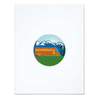 Cartão Círculo das montanhas do cacto do vintage do auto