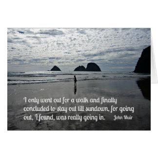 Cartão Cite por John Muir sobre ir para uma caminhada
