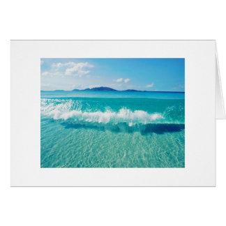 cartão claro da onda de oceano