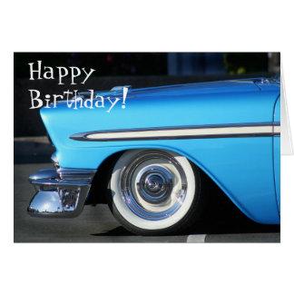 Cartão clássico do carro do feliz aniversario