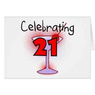 Cartão Cocktail que comemora 21 camisetas e presentes