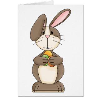 Cartão Coelhinho da Páscoa com ovos coloridos