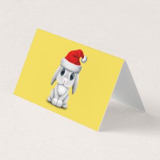Cartão Coelho branco do bebê que veste um chapéu do papai
