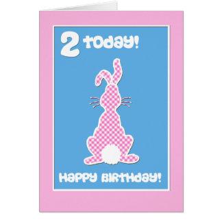 Cartão Coelho de coelho bonito no segundo aniversário