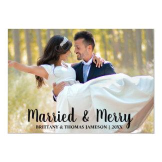 Cartão com fotos casado & alegre do casamento do
