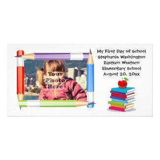 Cartão com fotos da escola dos miúdos das crianças