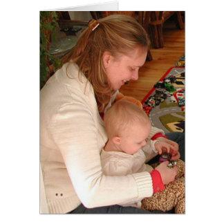 Cartão com fotos da filha do feliz aniversario por