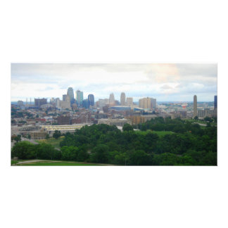 Cartão com fotos da skyline de Kansas City