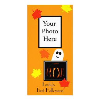 Cartão com fotos do Dia das Bruxas do bebê primeir