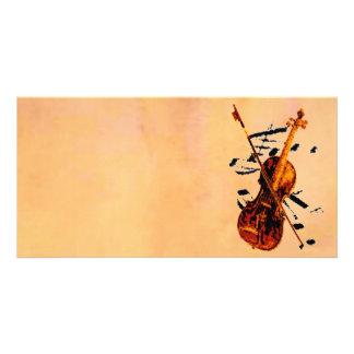 Cartão com fotos do violino