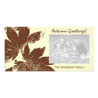 Cartão com fotos dos cumprimentos do outono do