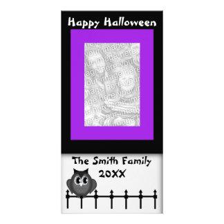 Cartão com fotos feliz da coruja de buzina dos