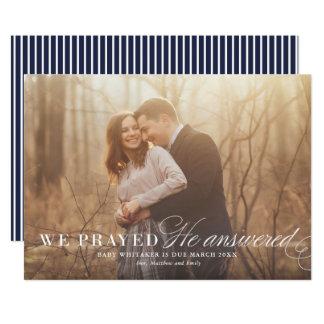 Cartão com fotos respondido do anúncio da gravidez