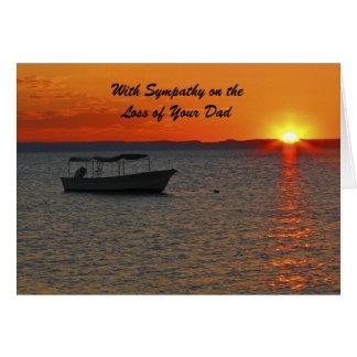 Cartão Com perda da simpatia de pai, por do sol do barco